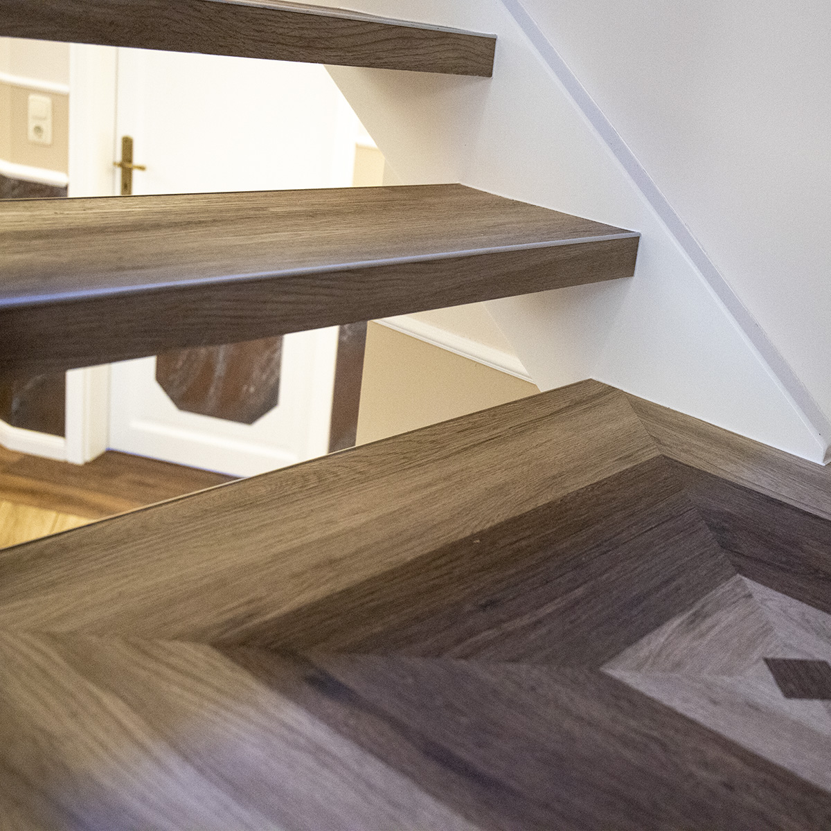 Treppenhaus + Flur renoviert